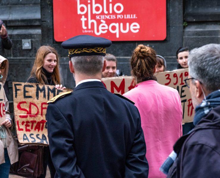 Marlène Schiappa face à des étudiantes féministes de l'université de Lille, le 8 octobre 2019.
