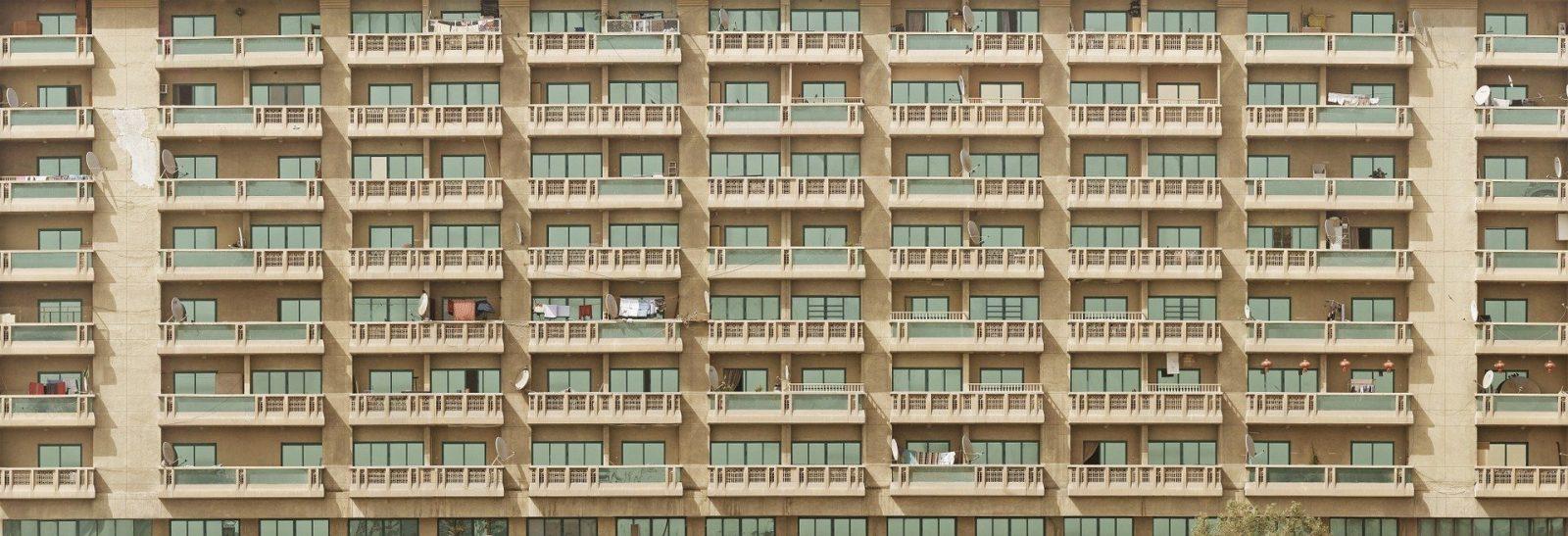 photo de fênêtres d'un immeuble (Villeneuve-la-Garenne)