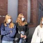Des lycéennes de Lille donnent leur avis sur la tenue Républicaine