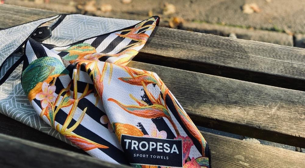 La serviette de sport Tropesa