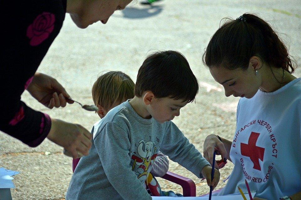 enfants croix-rouge jeux