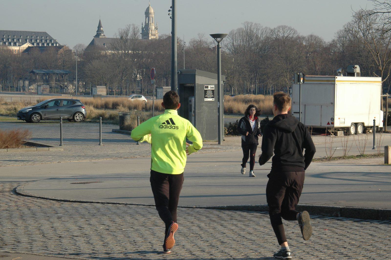sportifs running courir la citadelle lille parc