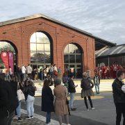 Parvis de la Gare Saint Sauveur avant le concert des JIVÉ